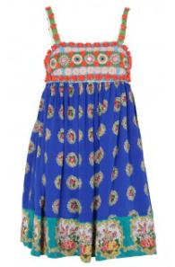 robe courte à bretelles